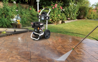 3100 psi pressure washer in use